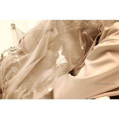Wedding Photographers : R'zleytheshOOts #Traditional #Vintage #Indoor
