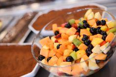 Anche per chi gradisce piatti leggeri e freschi insalate e frutta fresca...