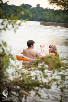 summer engagement photography ideas - picnic engagement, river engagement with sweet Cheerwine, colorful floats. Playful e-session in the James River. Literary engagement session with books - Virginia wedding and engagement photographer Lauren D. Rogers Photography | www.laurendrogers.com
