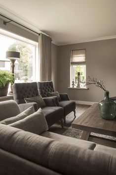 lovely sofa set to complete your living room interior decoration 17 Living Room Colors, New Living Room, Interior Design Living Room, Home And Living, Living Room Designs, Living Room Decor, Living Room Neutral, Sober Living, Interior Room Decoration