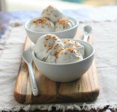 Kókuszfagylalt – az igazi főzött fagyi receptje, mámorítóan krémes és ínycsiklandó!