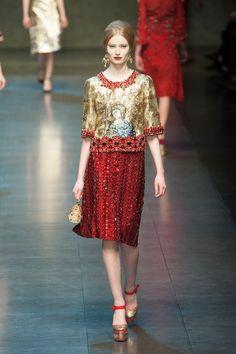 Fashion Show: Dolce & Gabbana Fall/Winter 2013/14 | Золото