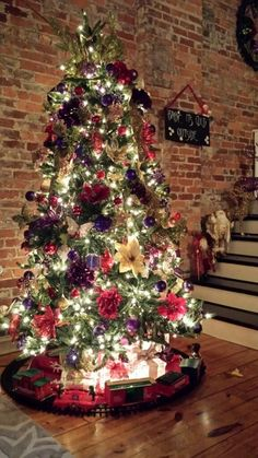 Purples, red and green makes a beautiful Christmas tree! Christmas ideas #train #glassblocks