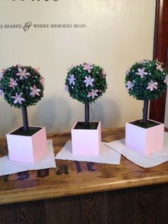DIY topiary centerpieces