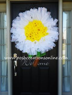 Daisy Wreath Deco Mesh Wreath Mesh Daisy Wreath by poshcreationsKY, $65.00