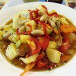タイ料理 アロイチャン - 料理写真:ソムタム・プラマイは色々フルーツの辛いサラダです