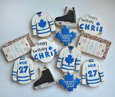 Toronto Maple Leafs Wallpaper, Toronto Maple Leafs Logo, Hockey Birthday Parties, Hockey Party, Royal Icing Cookies, Sugar Cookies, Leafs Game, Maple Leaf Cookies, Happy Birthday Chris