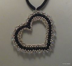 Free beaded jewelry making tutorial vido: Beaded Heart for Valentine's day with Twin Beads from Honey Beads