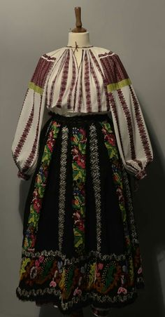 Folk Costume, Costumes, Kimono Top, Victorian, Popular, Embroidery, Tops, Dresses, Women