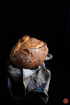 Simeto durum semolina wheat, bread flour and rye flour sourdough bread