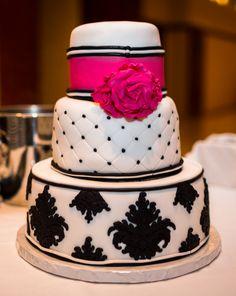 our big magenta wedding day, wedding cake