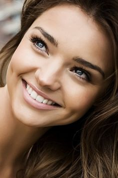 Miranda Kerr... She's so beautiful and her smile so perfect  :)