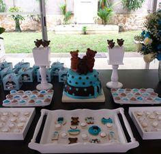 Mesa de postres baby shower ositos!!  #TeddyBearBabyShower #BabyShowerOsitos #BabyShowerBoy #BabyShowerNiño #MesaDePostres Tortas temáticas personalizadas  #TortasPalmira Galletas, cake pops ositos & torta personalizada