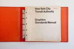42 years after the release of the famous Standards Manual for the New York Underground, Jesse Reed and Hamish Smith found a rare copy in the basement of design firm Pentagram. They decided to reprint it and make it available for purchase on Kickstarter.