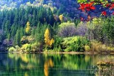 The colorful landscape along Yangtze river.