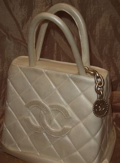 Chanel purse  @Debbie Glanton