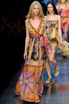 43 Best D G images   Fashion show, Womens fashion, Dolce   Gabbana 441c6f95c781