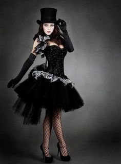 Goth:  #Goth Burlesque fashion. Feeling like I need a cute top hat now...