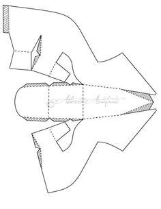 een sjabloon voor een papieren schoen. printen en uitknippen. plakken en naar hartelust op uitleven