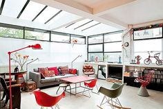 Bright French loft with a retro interior décor