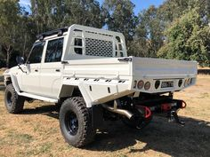 Specialising in customised trays and dog boxes as well as other metal fabrication and engineering. Mild stainless and aluminium No job too big or small Landcruiser Ute, Landcruiser 79 Series, Custom Truck Beds, Custom Pickup Trucks, Toyota Cruiser, Fj Cruiser, Custom Ute Trays, Land Cruiser Pick Up, Nissan Patrol Y61