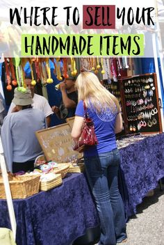 Where to sell your handmade items - there are plenty of places that you can sell your items to earn extra income, find places close to you and start selling! Craft Show Displays, Craft Show Ideas, Software, Where To Sell, 7 Places, Selling Handmade Items, Craft Online, Selling Jewelry, Jewelry Shop