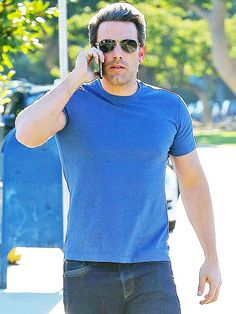 Still rocking his buff Batman bod, Ben Affleck takes a call at school pickup Thursday afternoon in Brentwood, California. Star Track, Ben Affleck, Oliver Peoples, Brentwood California, Thursday Afternoon, Sexy Men, Hot Guys, High Fashion, Mens Sunglasses