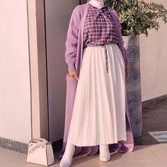 Modest Fashion Hijab, Street Hijab Fashion, Modesty Fashion, Abaya Fashion, Muslim Fashion, Modest Outfits, Fashion Wear, Fashion Outfits, Hipster Stil