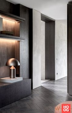 De Maatwerker - Maatwerk interieur Luc Callant - Hoog ■ Exclusieve woon- en tuin inspiratie. Residential Interior Design, Contemporary Interior, Home Interior Design, Interior Architecture, Home Design, Joinery Details, Minimal Home, Hallway Designs, New Living Room