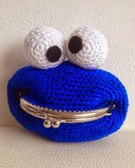 Free pattern at Troetels en zo Diy Crochet Bag, Crochet Coin Purse, Crochet Purses, Love Crochet, Crochet Gifts, Crochet Toys, Knit Crochet, Purse Patterns, Crochet Patterns