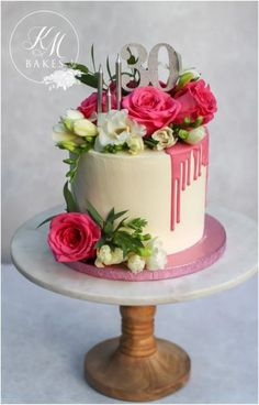 Stunning pink drip cake perfect for any age but this was for a birthday. Fresh flowers dress this cake beautifully and the pink drip makes the cake a bit fun too. birthday cake inspiration for a woman or girl right here! 30th Birthday Cake For Women, Pink Birthday Cakes, Birthday Cake With Flowers, 60th Birthday Cakes, Birthday Woman, Birthday Cupcakes, Fresh Flower Cake, Fresh Flowers, Beautiful Flowers