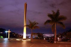 Praça do Papa - Belo Horizonte | Fotografia de Angelo Pettinati | Olhares.com