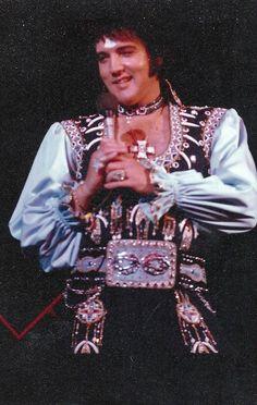 1975 7 19 20h30 Nassau Colliseum , New york