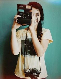 Hey I'm Emily! I'm a tumblr girl if you couldn't tell. I love taking pictures,hanging out with friends, and running. Also quite a book nerd. Intro?