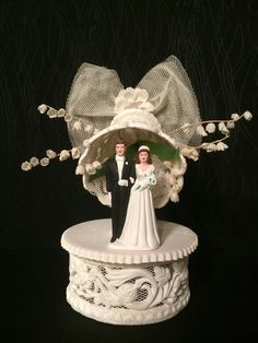Unique Vintage 1950s Bridal Ceramic by JanetsVintagePlanet on Etsy