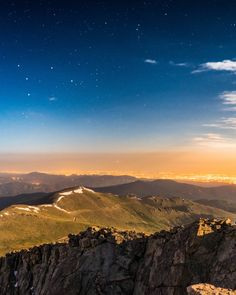 Nearly 2 VERTICAL miles above Denver, Colorado. - Imgur
