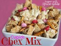 Cupids Chex Mix