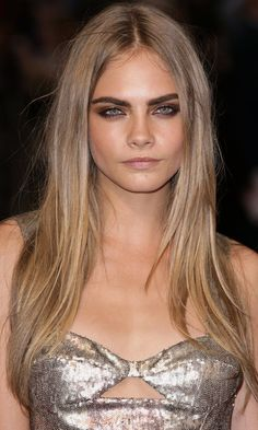 Cara Delevigne Rocked Poker Straight Long Hair In This On-Trend Blonde Shade, 2012 | Mobile