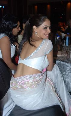 http://gogio.hubpages.com/hub/bollywood-diva-genelia-Dsouza