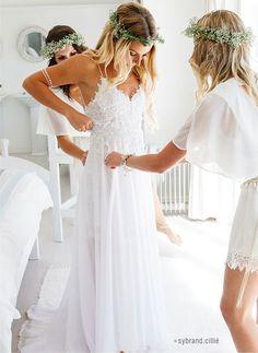 Delicate Boho Spaghetti Straps Lace Applique Conversable Chiffon Beach Wedding Dress
