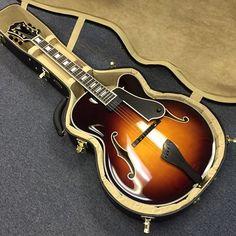 Benedetto Guitars, Fratello model