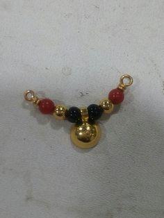 small tali for devi Diamond Mangalsutra, Gold Mangalsutra Designs, Gold Jewellery Design, Light Weight Gold Jewellery, Gold Jewelry Simple, Bridal Jewelry, Beaded Jewelry, Jewelry Model, Jewelry Collection