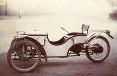 Lord K's Garage #167: Morgan Three Wheeler - Dieselpunks.  Cream and Black/Brown