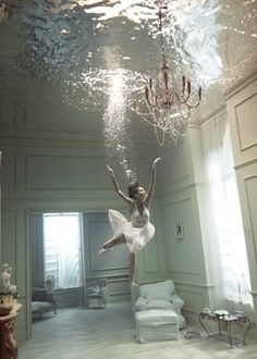 laureola:  Gorgeous underwater photo exhibit. Love this one too! See the rest here. - via hrrrthrrr