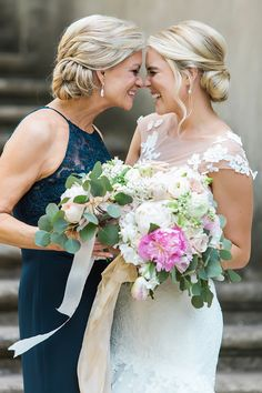 two swans a swimming - Vue Photography Mother of the Bride. Bride and Mom  The Swan House Dress by: Romona Keveza