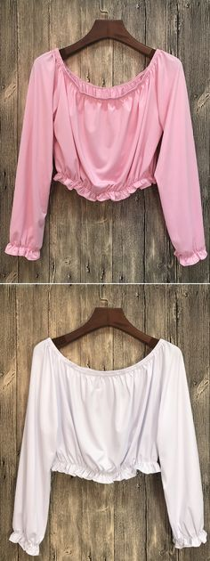 Crop top is a summer fashion essential which can make you looks tall. Unique off the shoulder design make you attract more attention.