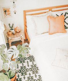 Cute Bedroom Ideas, Cute Room Decor, Room Ideas Bedroom, Bedroom Decor, Bedroom Inspo, Aesthetic Room Decor, Cozy Room, Dream Rooms, My New Room