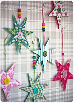 Dagens pyssel, pappersstjärnor – Craft of the Day, paper stars (Craft & Creativity) Crafts To Do, Holiday Crafts, Crafts For Kids, Diy Crafts, Noel Christmas, Winter Christmas, Christmas Ornaments, Diy Paper, Paper Crafting