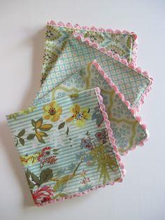 Handmade napkins with jumbo ricrac...hello luscious!