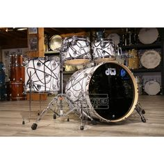Drums Wallpaper, Low End, Under The Lights, Drum Kits, Percussion, The Collector, Musical Instruments, Shells, Chrome